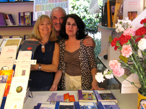 Mercedes Aguirre Castro and colleagues at book signing
