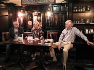 Presentation of Vidas, historias y cafes in the James Joyce pub